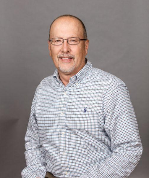 Veterinary Surgeon: Dr. Robert Barstad