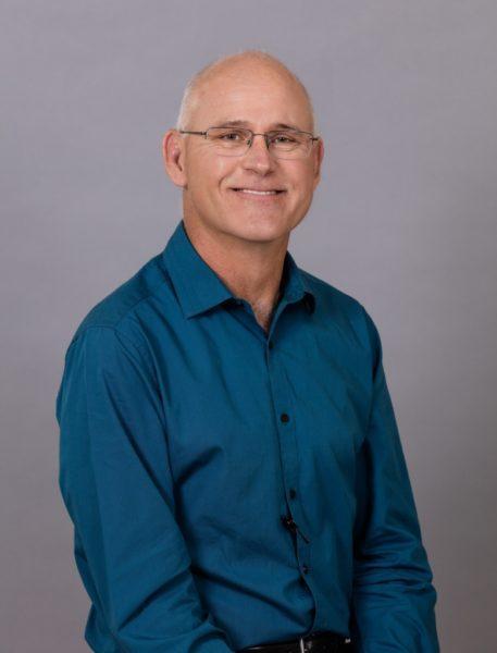 Veterinary Surgeon: Dr. Scott G. Bertrand