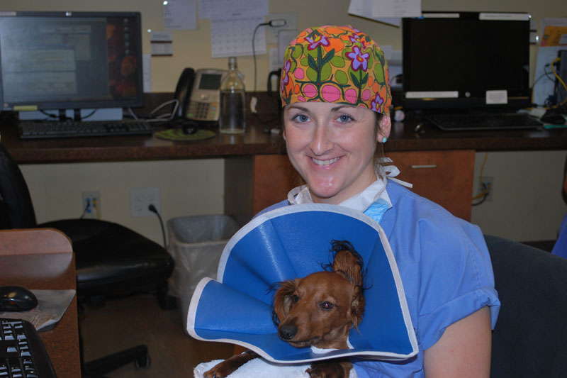 Dr. Dunlap recovers a patient post anesthesia